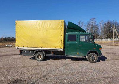 Krovininė su tentu veža iki 4 tonų